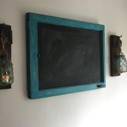 Looks great with my window frame chalkboard!